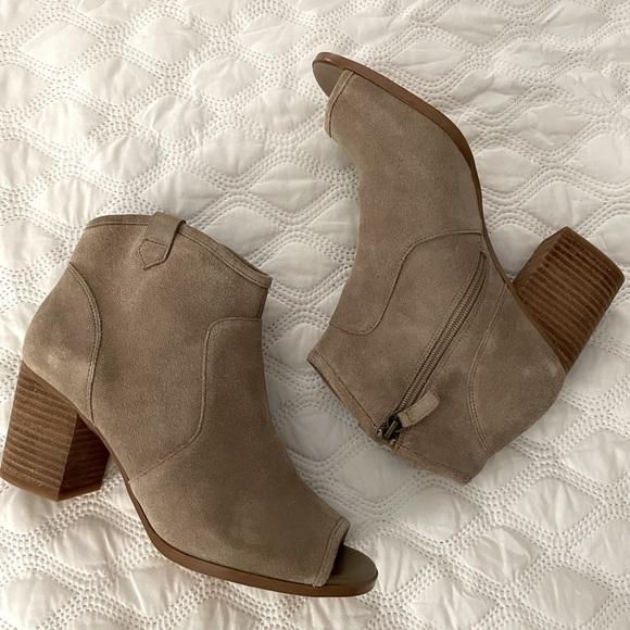 Crown Vintage Women's Peep Toe Boots Sz 9 Medium